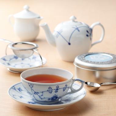 方 美味しい 紅茶 の 入れ 美味しい紅茶の入れ方と賢いティーサーバーの選び方!